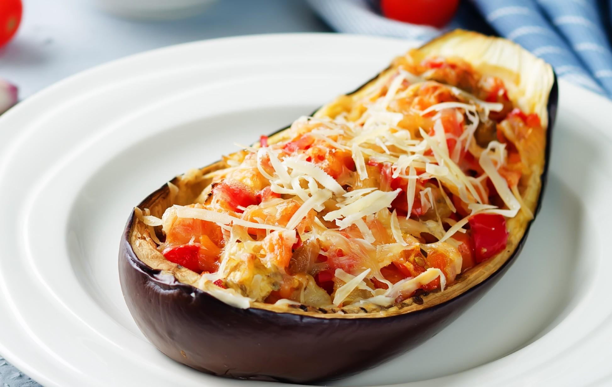 foto da receita Berinjela recheada com ricota e tomate seco