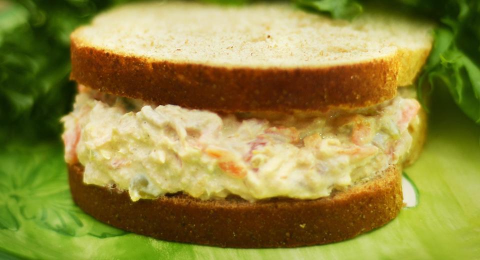foto da receita Lanche de atum com ricota