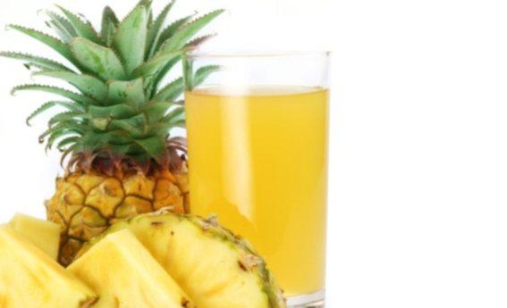 foto da receita Suco de abacaxi com linhaça e aveia