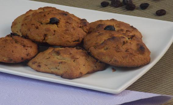 foto da receita Cookies com amêndoas e passas