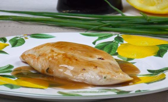foto da receita Filé de frango grelhado ao molho siciliano