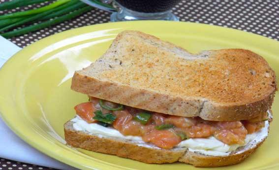 foto da receita Sanduíche de salmão