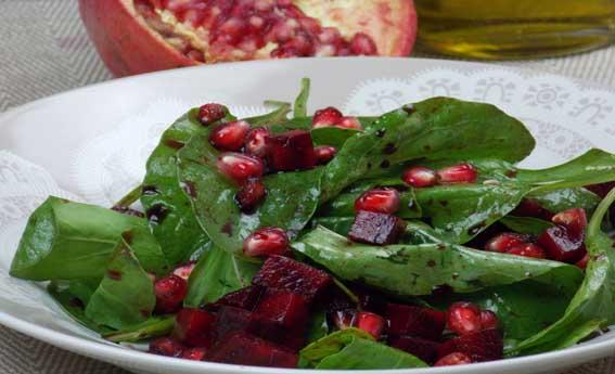 foto da receita Salada de rúcula com beterraba e sementes de romã