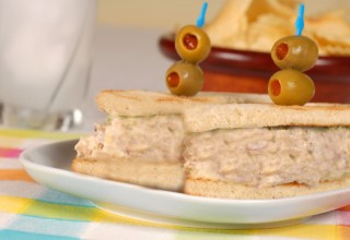 foto da receita Sanduíche de soja e cenoura ralada