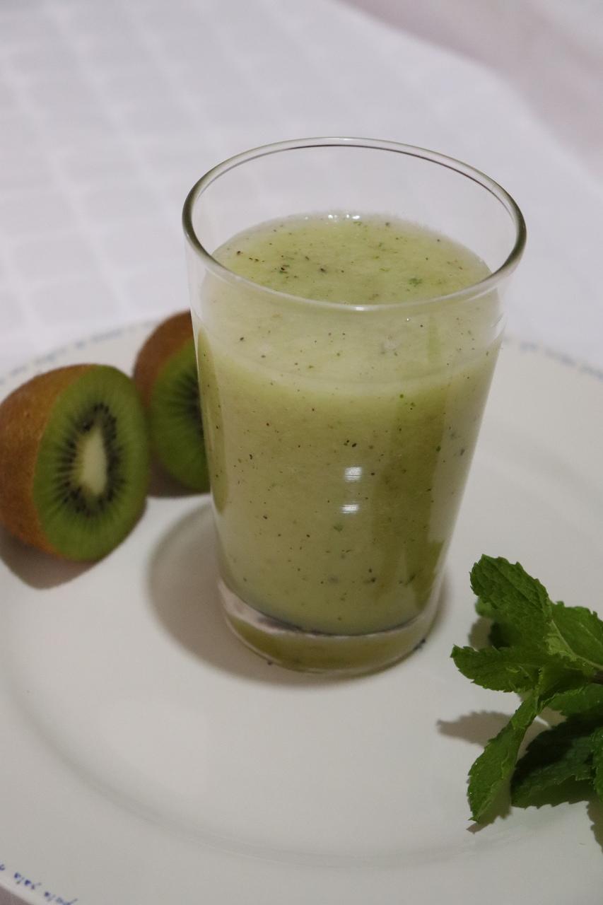 Suco verde com melão