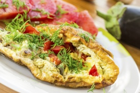 Omelete com berinjela