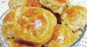 foto da receita Pãozinho de mandioquinha com frango