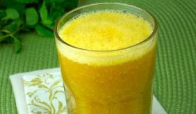 foto da receita Suco de tangerina e mamão com hortelã