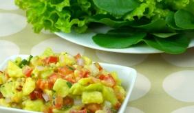 foto da receita Salada de folhas com guacamole