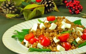 Salada de trigo natalina