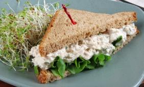foto da receita Sanduíche colorido