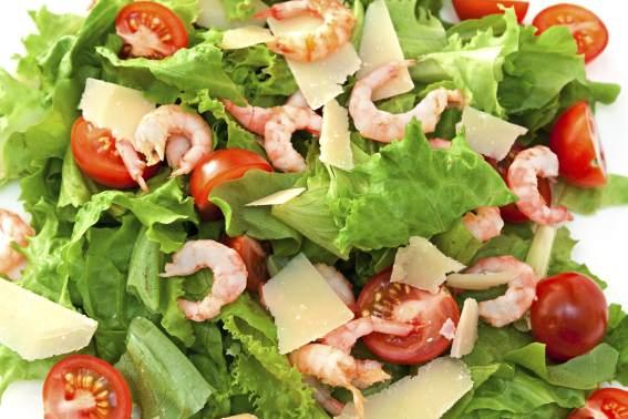 foto da receita Salada de camarão com alface