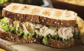 foto da receita Sanduíche de frango gourmet