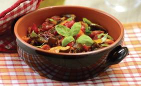 Salada quente com toque de balsâmico