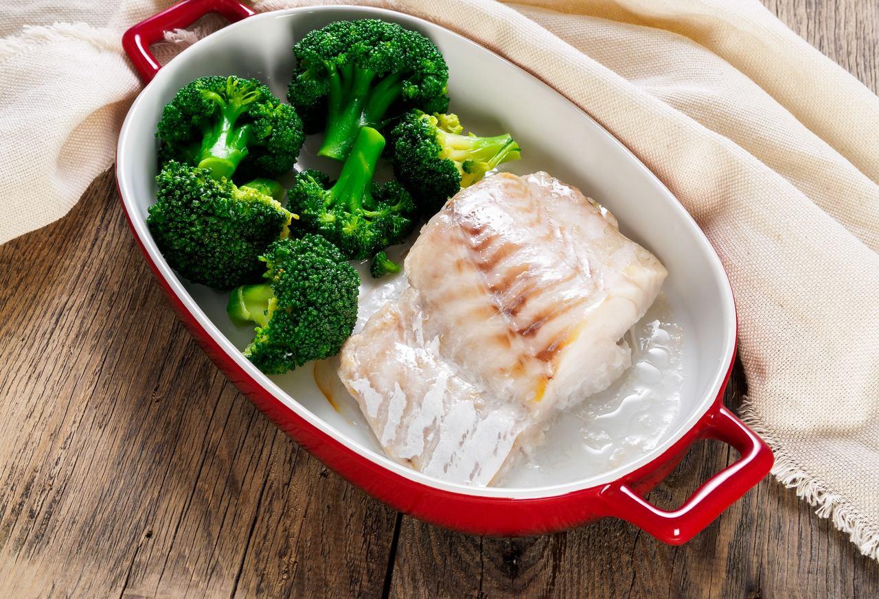 Peixe com brócolis