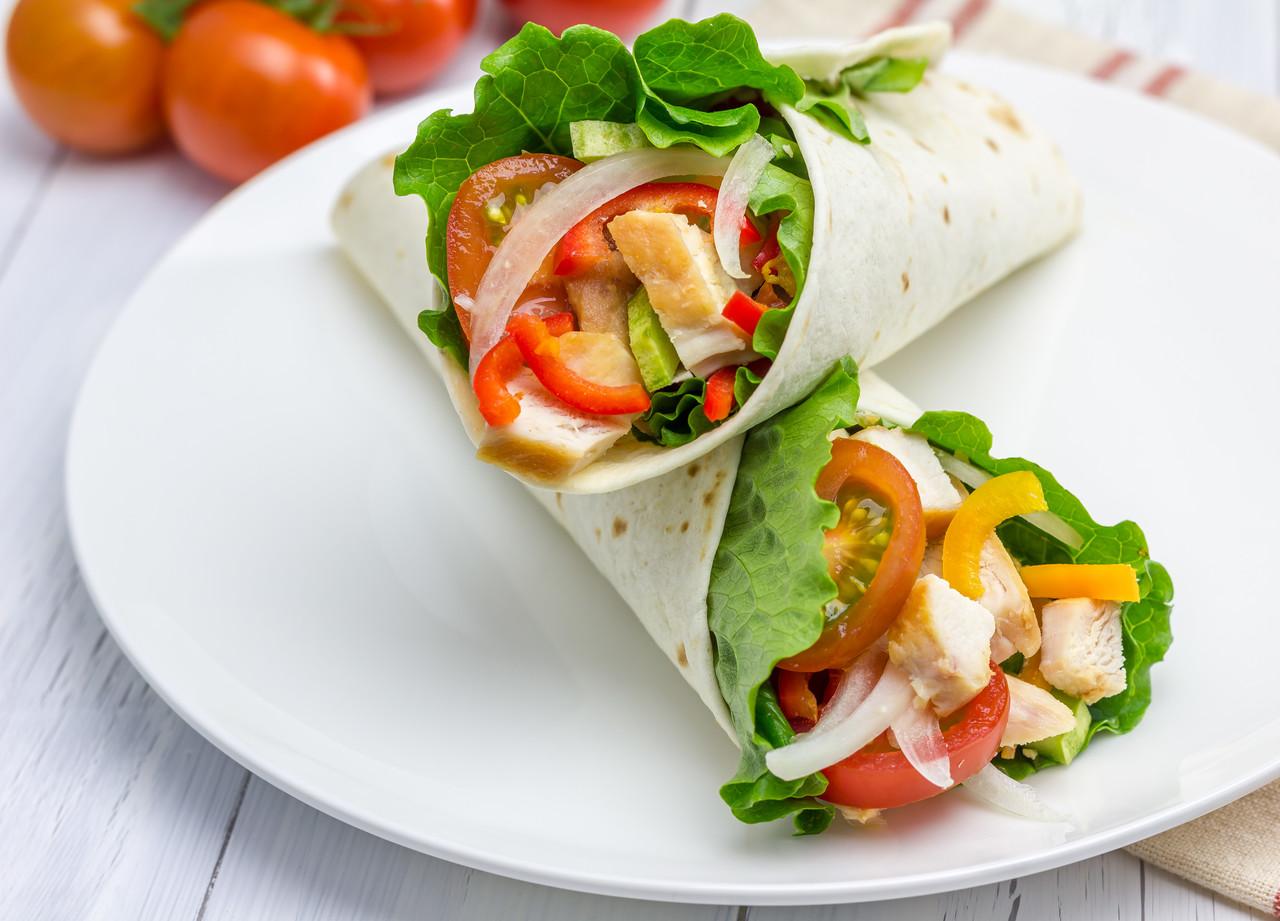 foto da receita Wrap de frango e vegetais