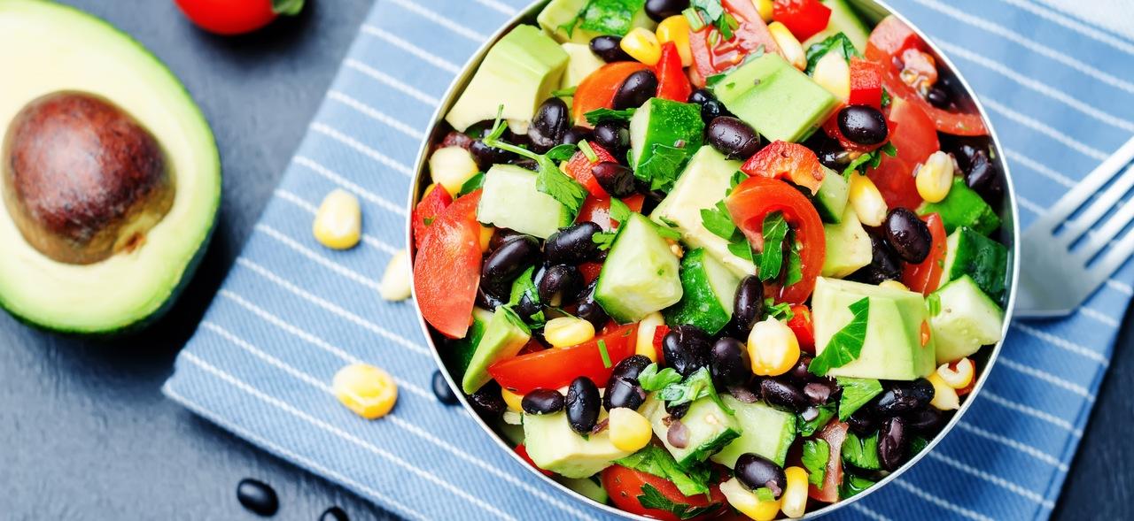 foto da receita Salada de pepino com cebola roxa