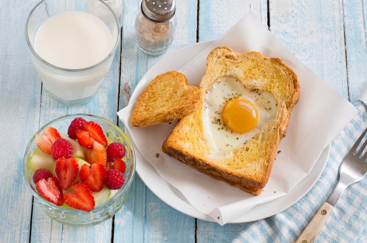 foto da receita Torradas com ovos