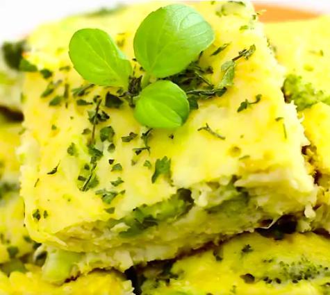 Torta de frango com brócolis