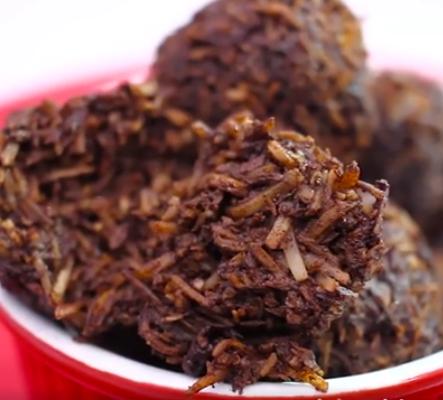 foto da receita Bolinhos de chocolate com coco