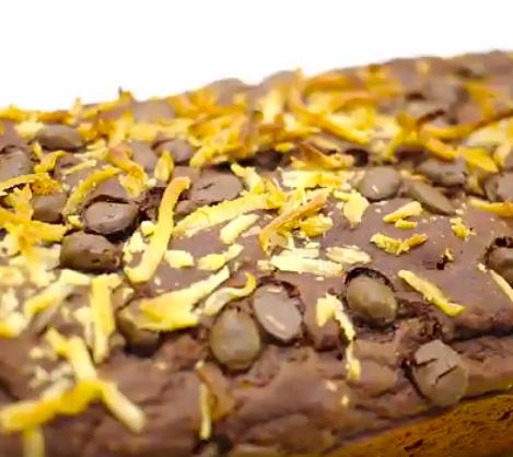 foto da receita Bolo de chocolate com coco e banana