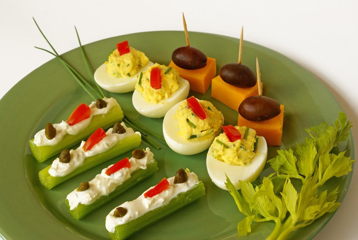 foto da receita Aperitivo de legumes com queijo