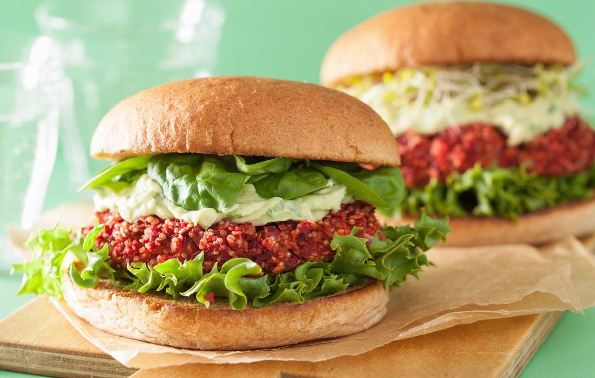 foto da receita Hambúrguer recheado com abacate low carb