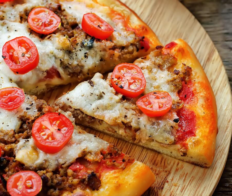 foto da receita Pizza de carne low carb