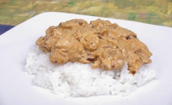 foto da receita Estrogonofe de frango ao maracujá